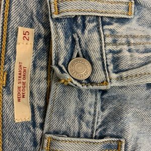 Levi's Wedgie Straight- high waisted mom jeans